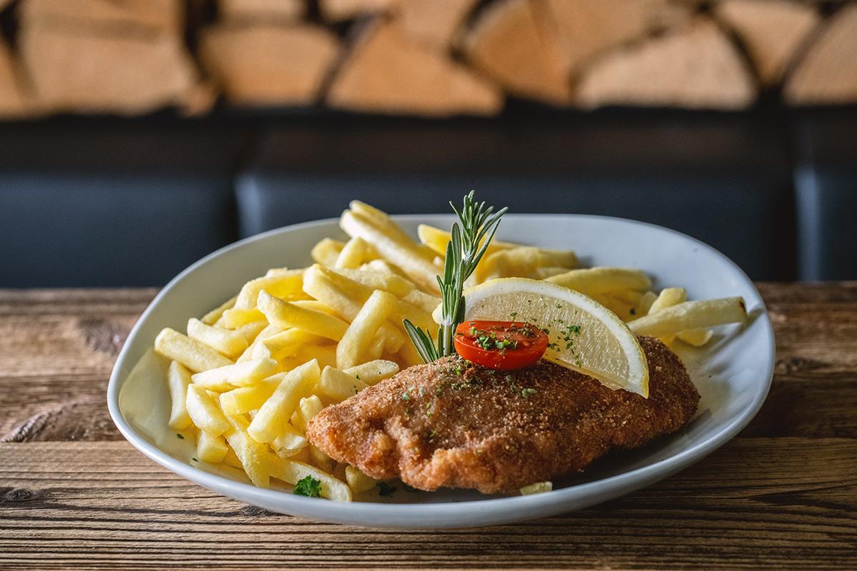 Cordon bleu Lok 7 Restaurant