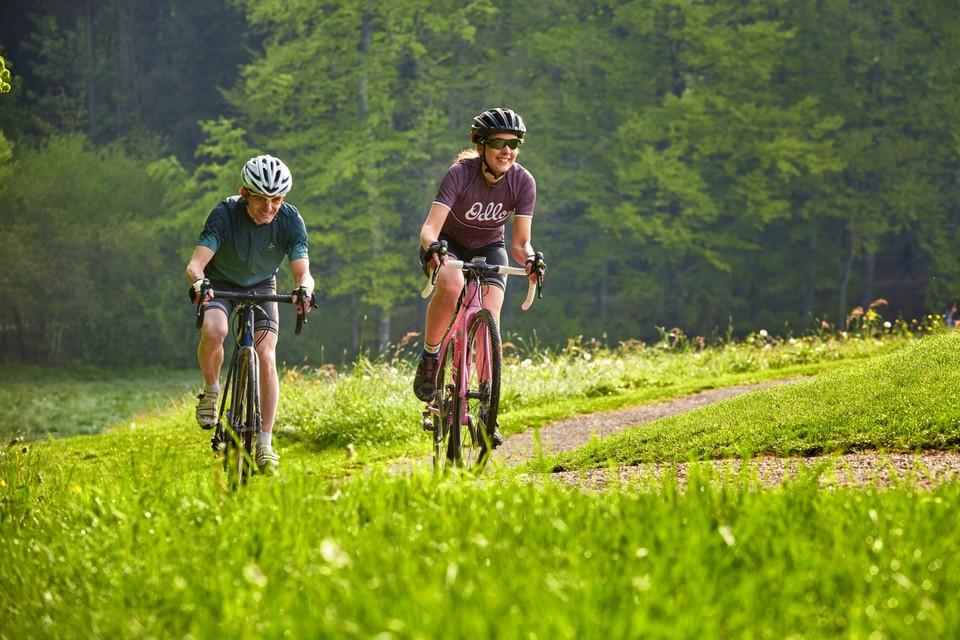 Zwei Biker auf der Rigi