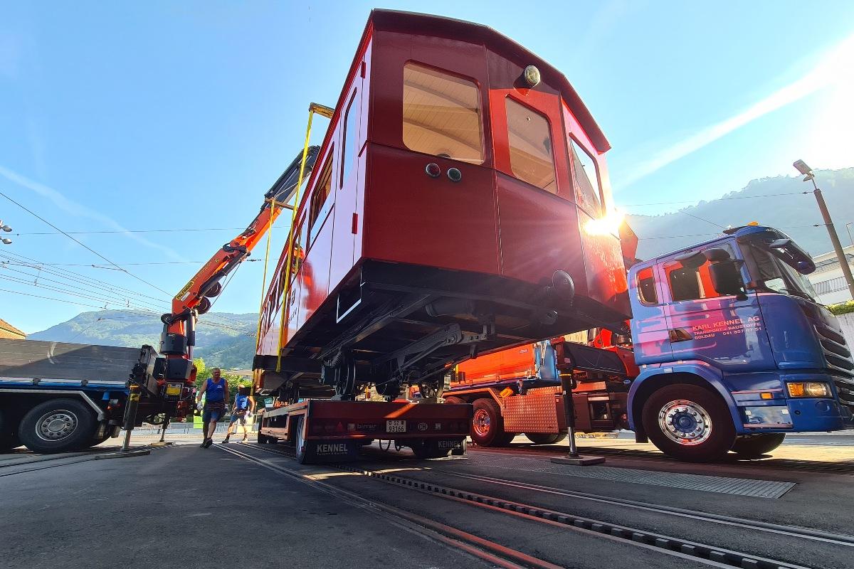 Transport Vorstellwagen 31 nach Luzern