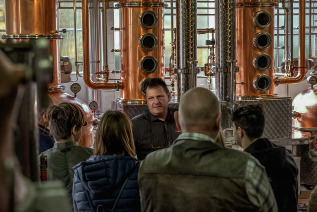 Destillerie Führungen Fassbind Oberarth