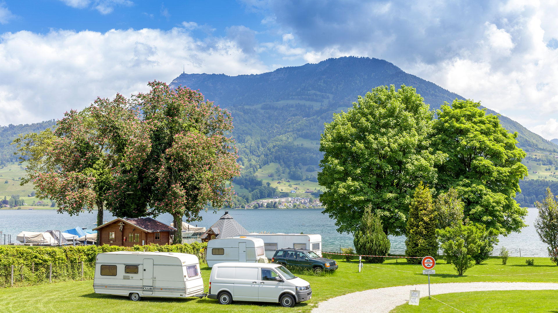 Merlischachen Camping
