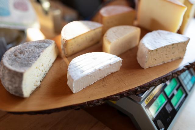 Käse von der Alp Chäserenholz