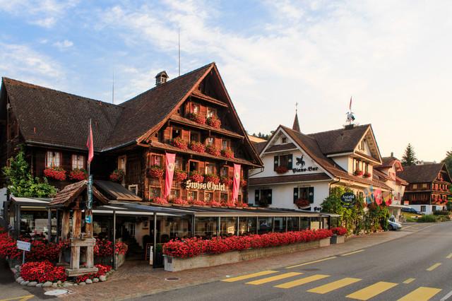 Merlischachen Swiss Chalet