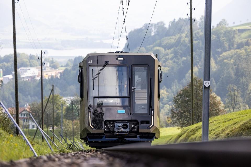 Anlieferung der neuen Züge