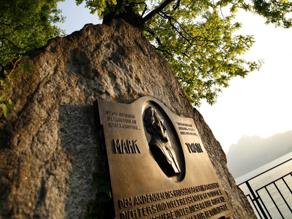 Mark Twain Denkmal Weggis Themenwanderweg