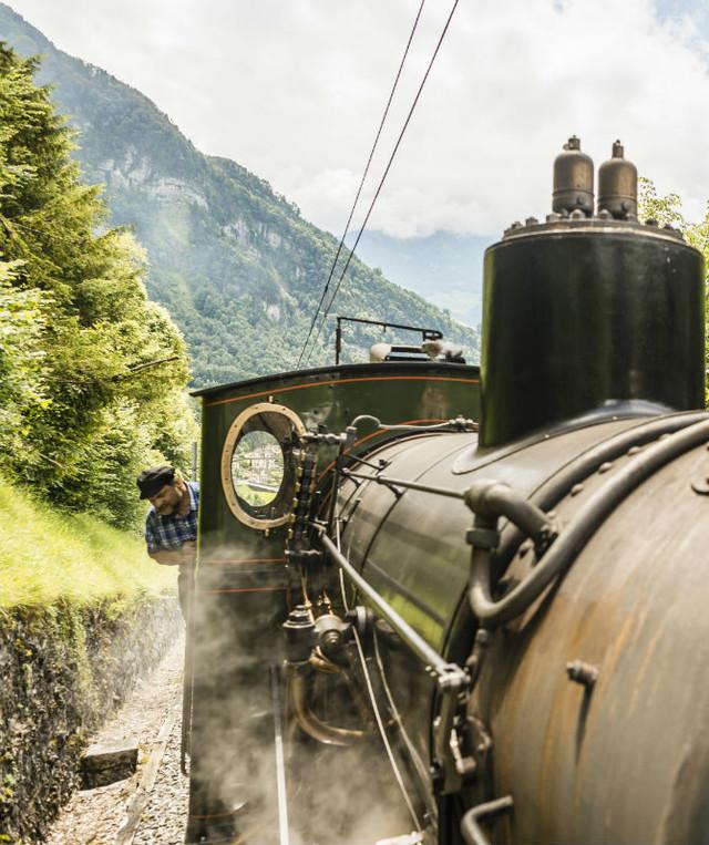 Nostalgische Dampffahrt auf die Rigi