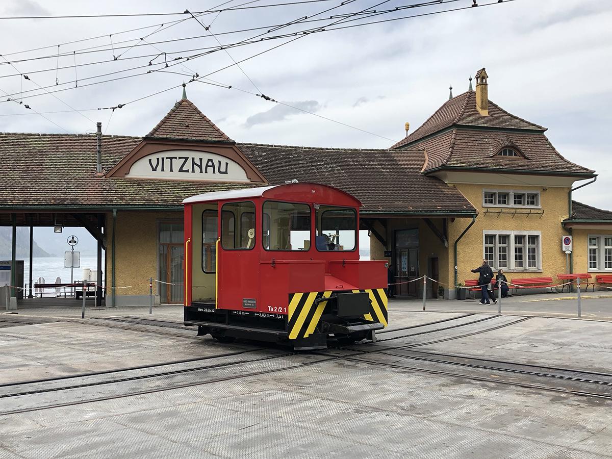 Stationstraktor Nr. 1